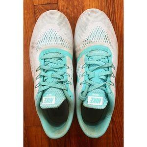 nike free run woman's sneakers